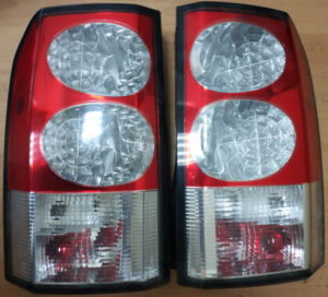 Замена стекол задних фонарей Land Rover Discovery 4
